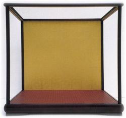 木製人形ケース 日本製 組立式 金色塗り コレクションケース